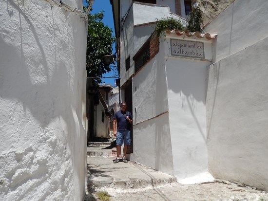 Solar Montes Claros: B&B street entrance