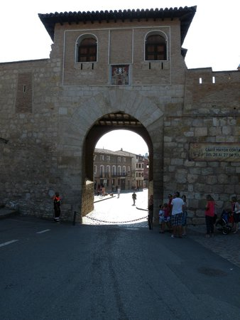 Daroca: Portón de entrada