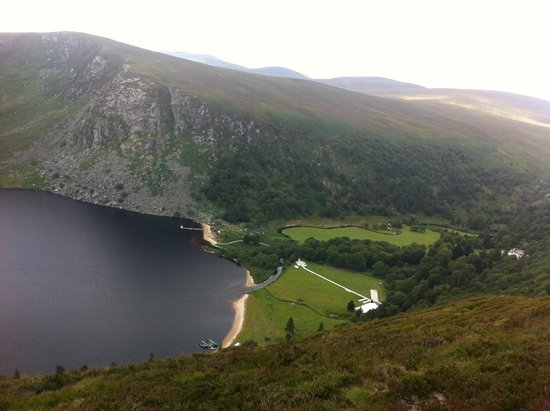 The Wicklow Way: Beautiful Scenery on Wicklow Way between Knockree and Roundwood