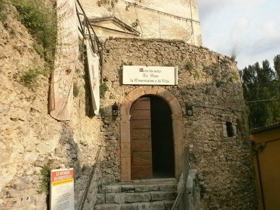 Chiesa di Santo Stefano - Mummie di Ferentillo: Chiesa