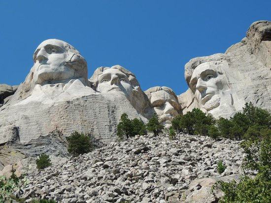 Mount Rushmore National Memorial : From the end of the Presidential Trail