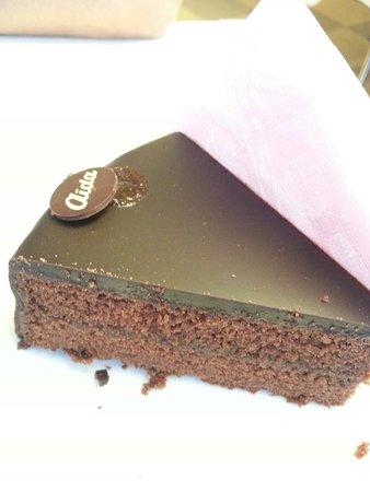 Cafe-Konditorei Aida: Deliciosa Sachertorte