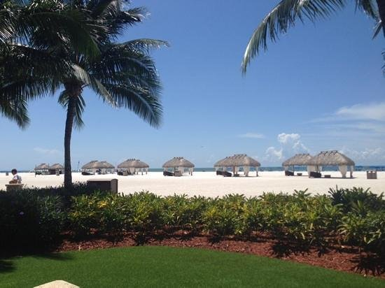 JW Marriott Marco Island Beach Resort: View from the pool