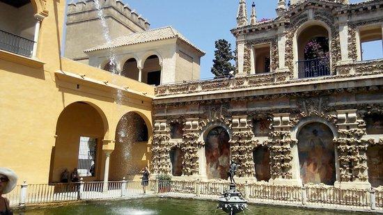Alcázar: ALCAZAR GARDEN