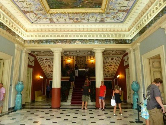 Sissi's Palace (Achilleon): Escalier