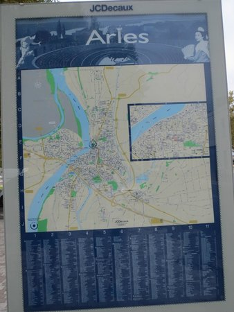 Van Gogh Walk: Map of Arles