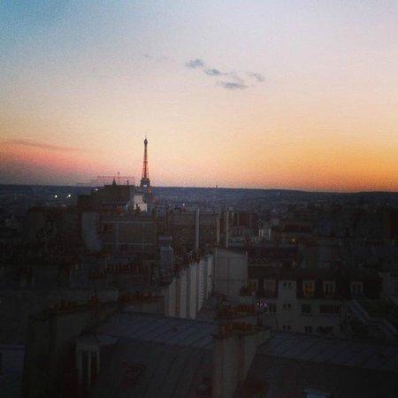 Mercure Paris Montmartre Sacre Coeur : View from room