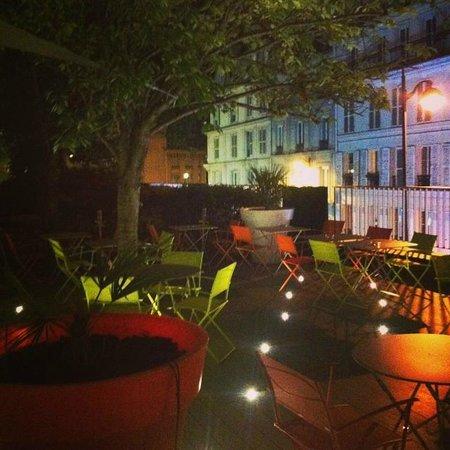 Mercure Paris Montmartre Sacre Coeur: Terrace
