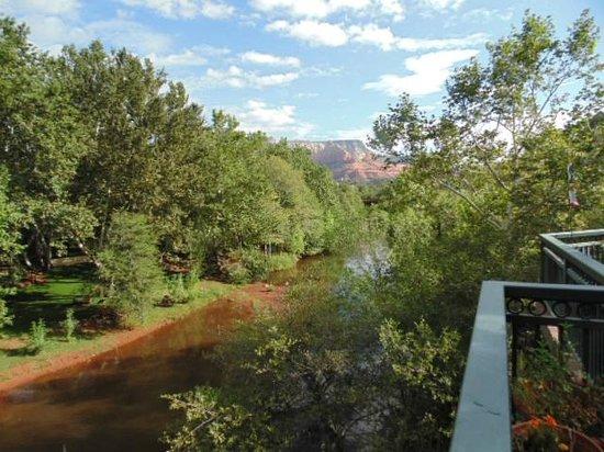The Inn Above Oak Creek: Oak Creek where the ducks swam