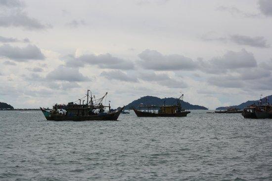 Le Meridien Kota Kinabalu: waterfront view