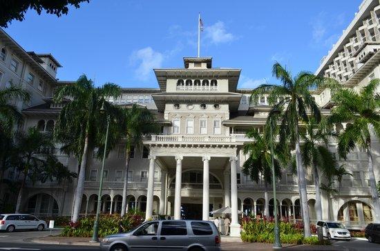 Moana Surfrider, A Westin Resort & Spa: お向かいのSheraton Princess Kaiulaniから