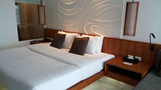 G Hua Hin Resort & Mall: Deluxe Pool View Room