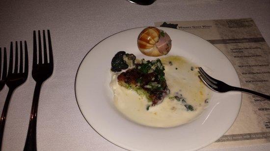Whiskey Gully Wines and Beverley Vineyard Restaurant: Escargot
