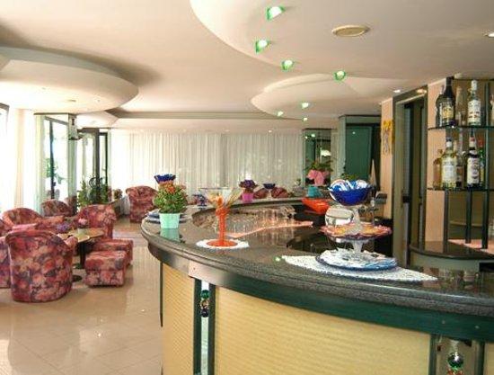 soggiorno hotel - Bild von Hotel Welt di Gasperini Mario, Gatteo a ...
