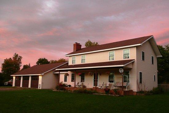 Hidden Meadow Inn