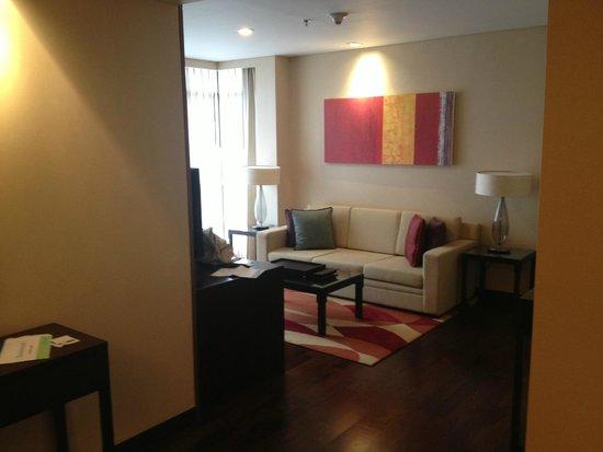 Sathorn Vista, Bangkok - Marriott Executive Apartments: entrata/salotto