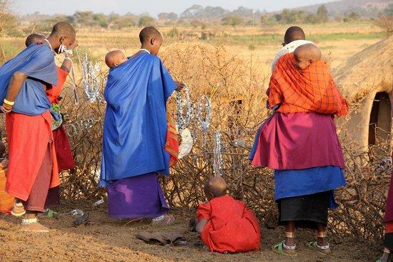 Ndarakwai Ranch Camp: Nearby Massai Village