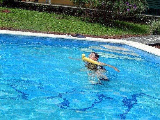 Villas Josipek: El agua fresca y cristalina de la piscina es maravillosa.