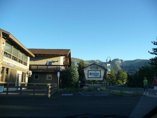Mammoth Creek Inn