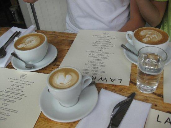Lawrence Restaurant: good cappacinos/latte