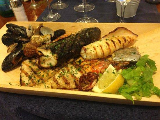 Marina grande sorrento picture of soul fish restaurant for Soul fish menu