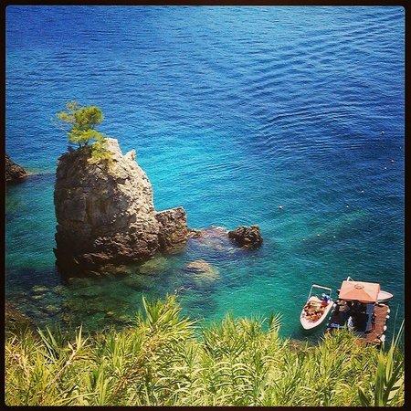 La Grotta Beach: Φανταστικο μερος