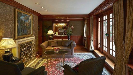 Photo of Hotel Ascott Mayfair at 49 Hill Street, London W1J 5NB, United Kingdom