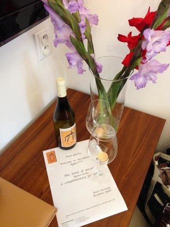 Hotel Residence Agnes: Complimentary Bottle of wine