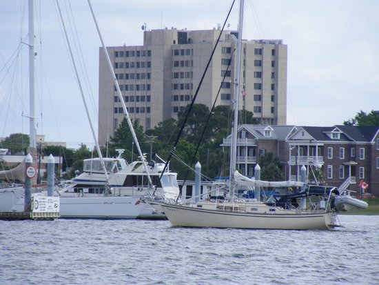 Charleston Harbor Marina Store