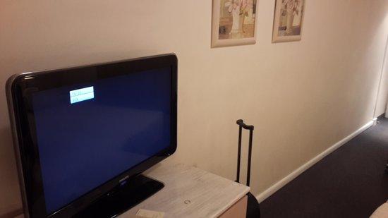 BEST WESTERN Hotel Fenix: TV LCD