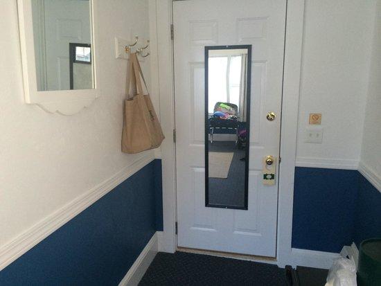 Acadia Hotel : Queen Bedroom