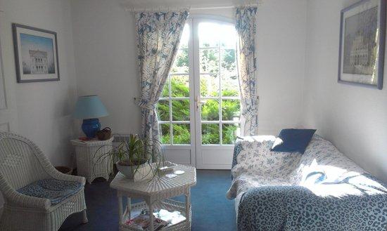 Domaine de Bassibe : Le coin salon de la suite
