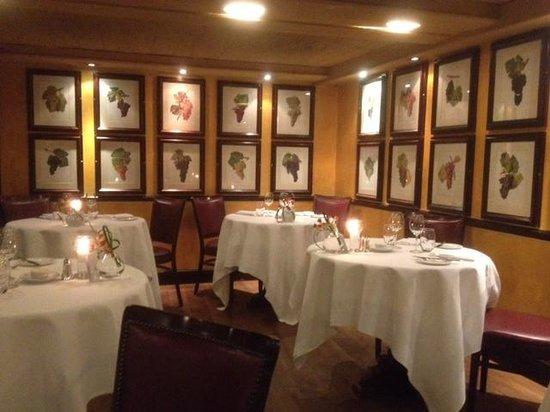 Bleeding Heart Restaurant: The Restaurant