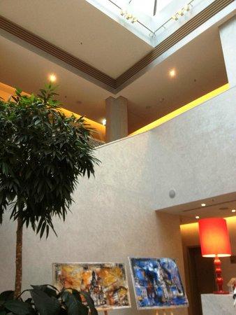 Swissotel Dresden: foyer