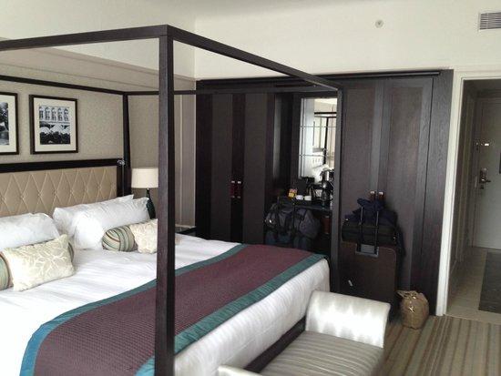 Paris Marriott Opera Ambassador Hotel : Superior Room