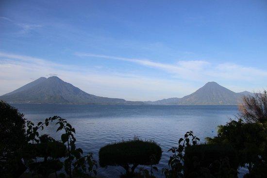 Hotel Posada de Don Rodrigo Panajachel : Bella vista del amanecer en Pana