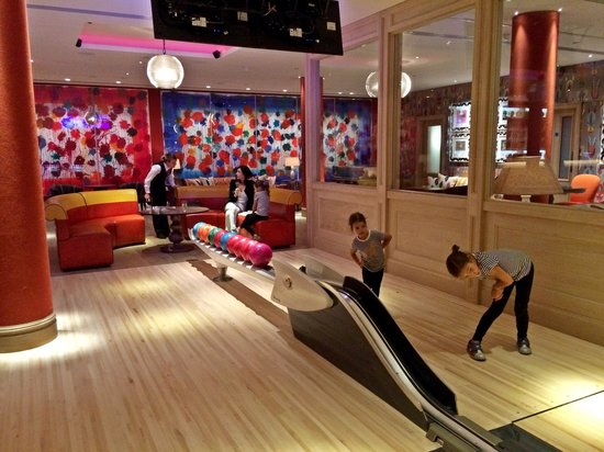 Ham Yard Hotel: downstairs at the bowling alley