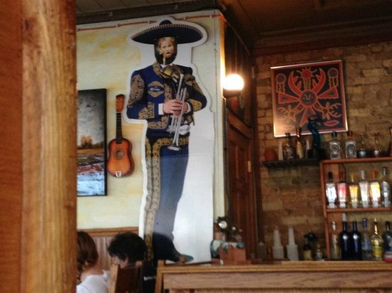 Edgerton, WI: Cameron Diaz's face on el mariachi