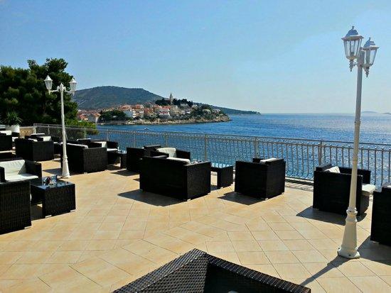 Hotel Zora : bar & lounge