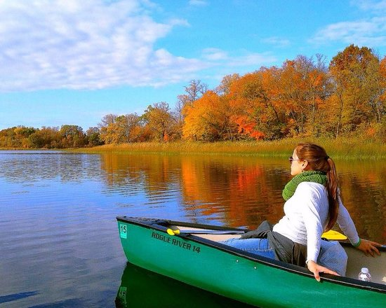 Alexandria, MN: Canoe the chain of lakes and take in all the fall colors