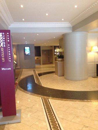 Mercure Lyon Centre Saxe Lafayette : Lobby