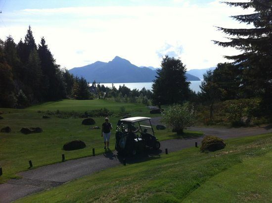 Furry Creek Golf and Country Club: 10th Hole