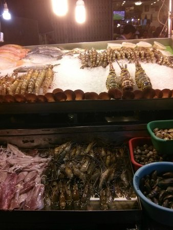 Hua Hin Night Bazaar: fresh fish