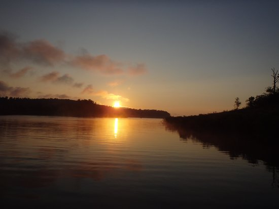 Bull Shoals Lake Boat Dock: Sunrise from an overnight cove