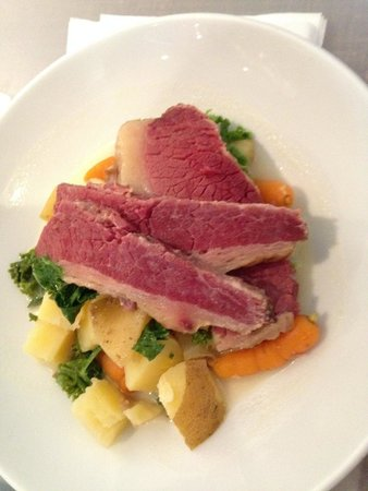 Modern Hotel and Bar: Corn Beef over potatoes, kale and carrots