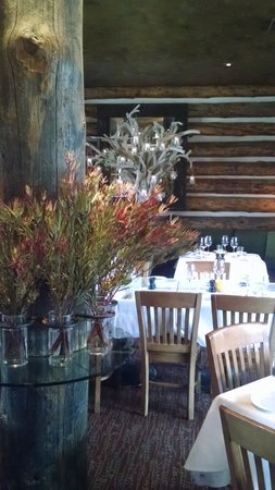 Snake River Grill: beautifully appointed snake river