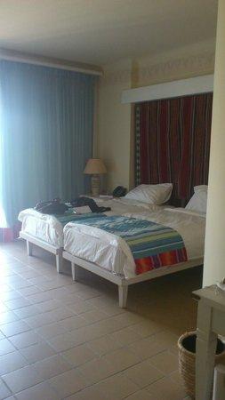 Siva Port Ghalib : room