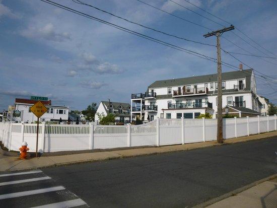 The Inn at Crystal Cove: Das Hotel von Außen