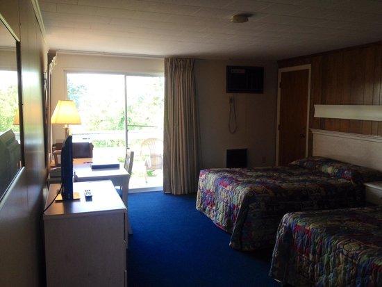 Seashore Park Inn: Guest room