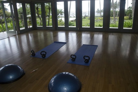 Travaasa Hotel Hana: Setting up a private workout in the yoga room in the afternoon.